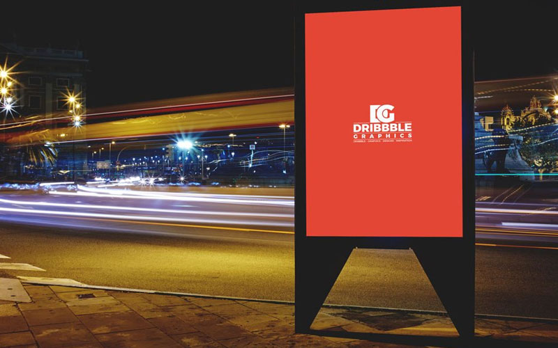 Billboard-at-Night-Mockup
