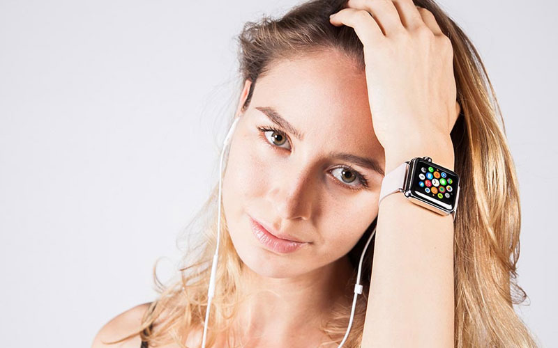 Free-Collection-of-Girl-with-Apple-Watch-Mockups