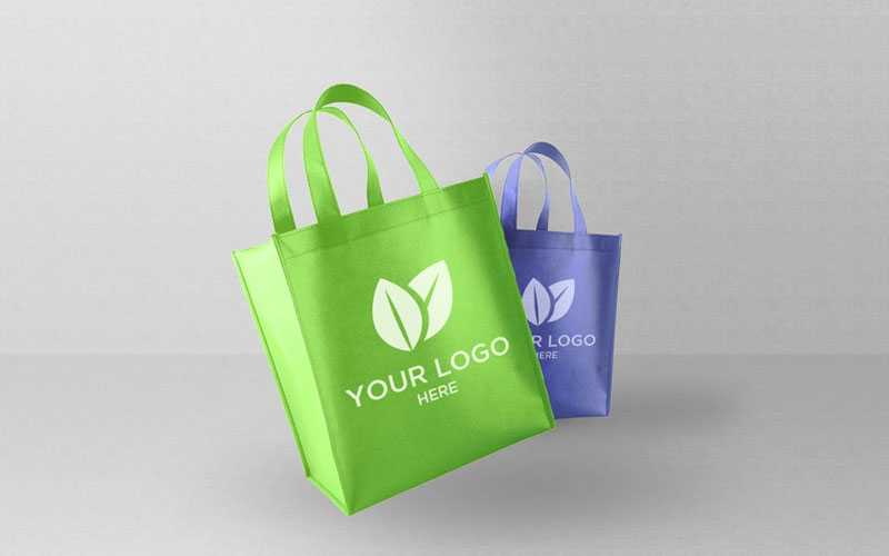 Free-Light-Shopping-Bags-Mockup