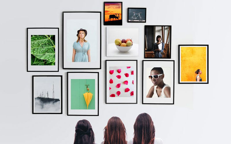 Free-Picture-Frames-Wall-Mockup