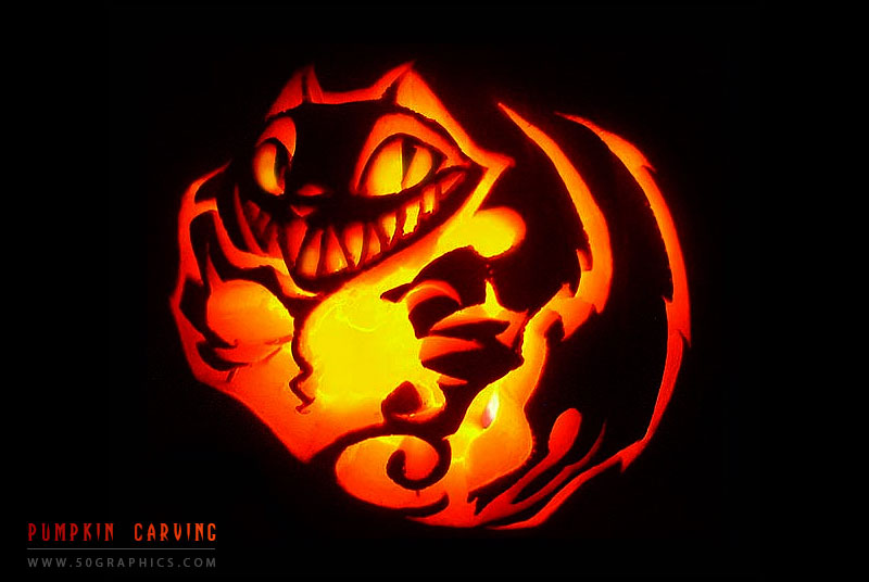 Happy-Halloween-Cat-Pumpkin-Carving