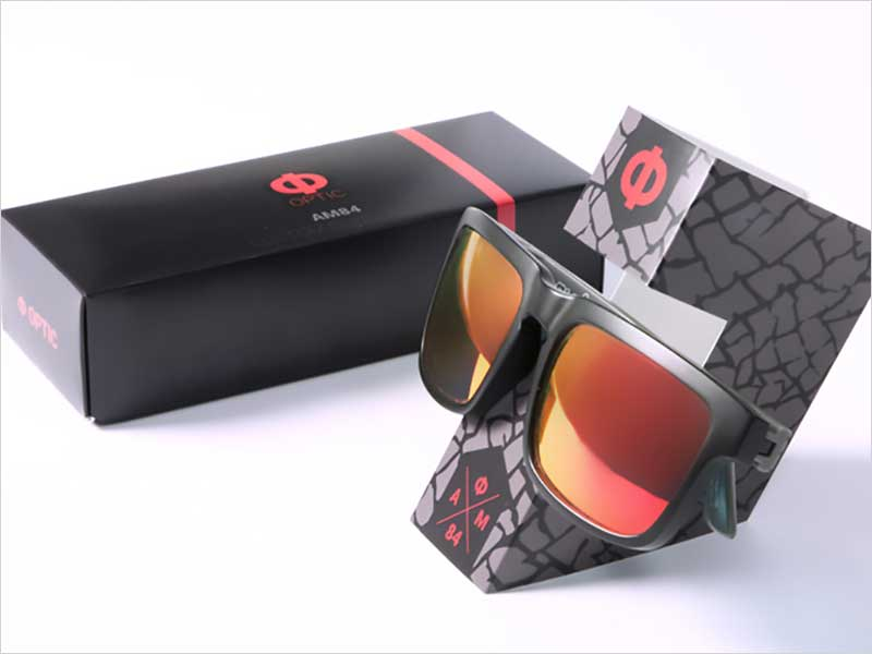 Custom-Sunglasses-Packaging-And-Holder
