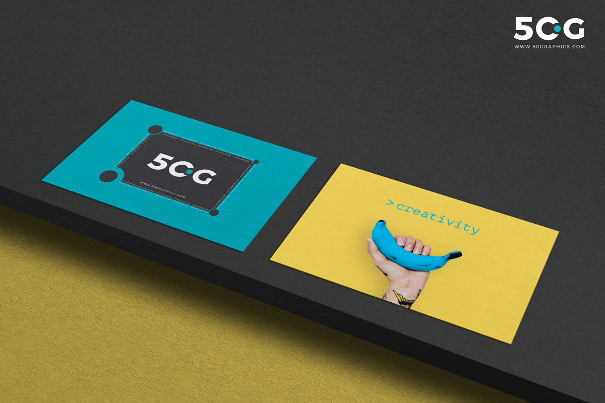 Free-Executive-Business-Card-on-Wood-Mockup-2018