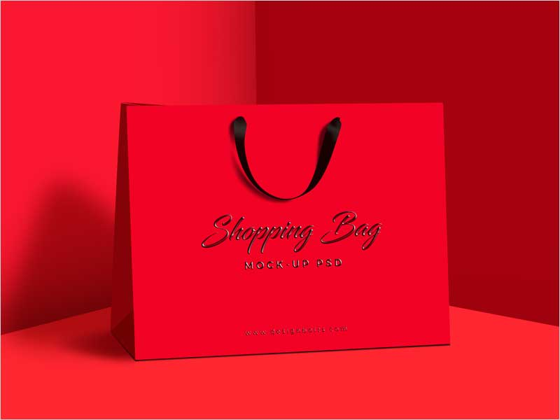Free-Premium-Shopping-Bag-Mock-Up-PSD