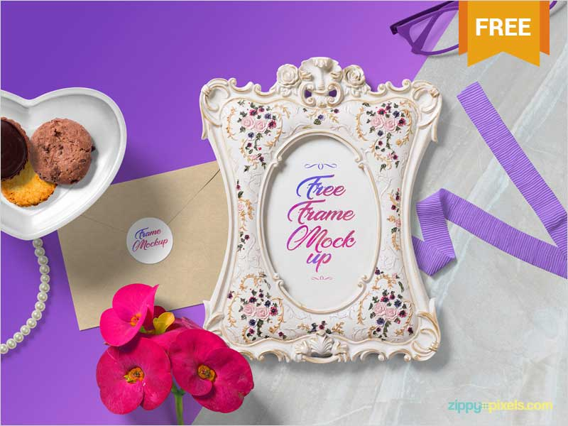 Free-Gorgeous-Picture-Frame-Mockup-Scene