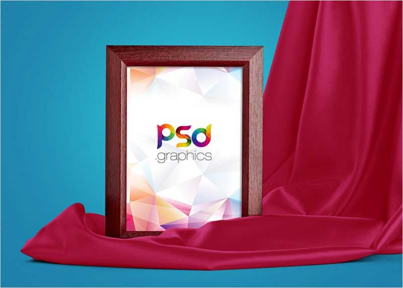 Wooden-Photo-Frame-Mockup-Free-PSD
