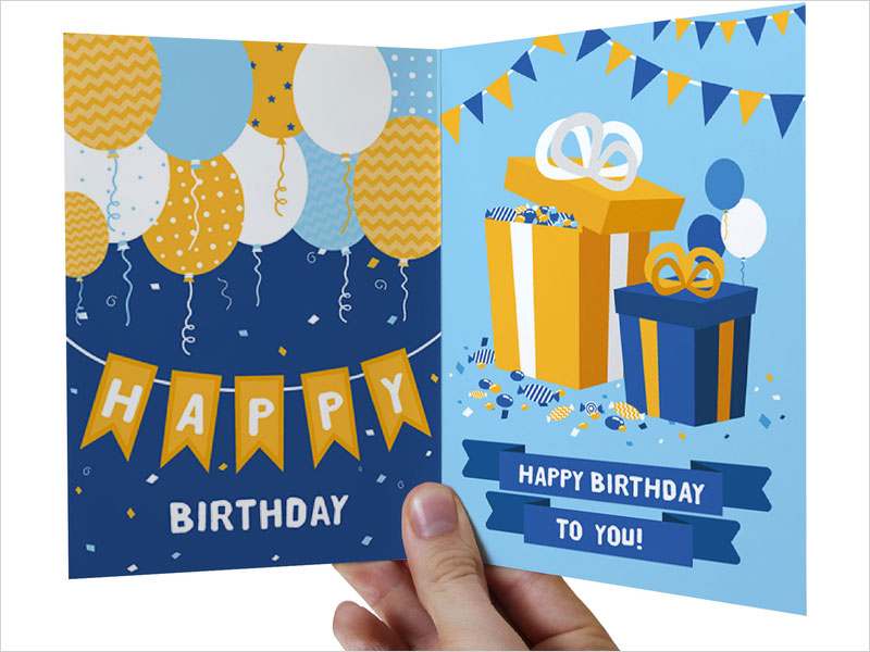 Free-Greeting-Card-Fold-Mockup