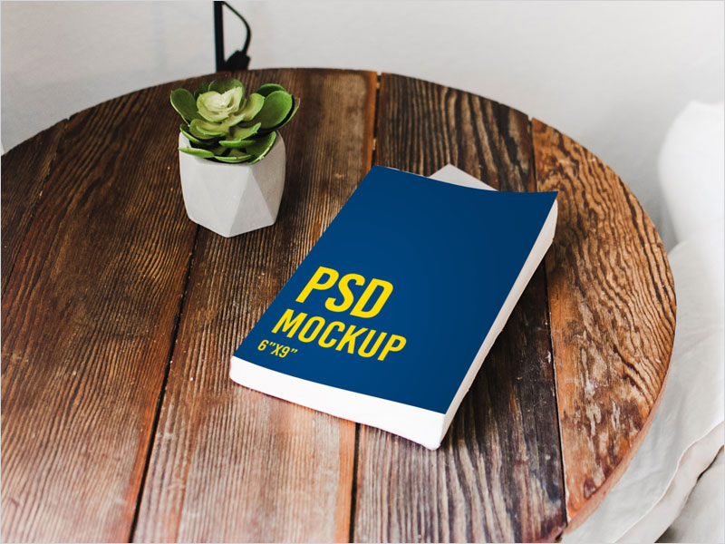 Book-on-a-table---Freebie---PSD