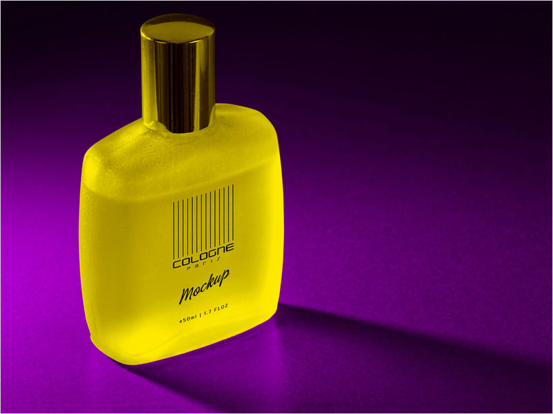 Free-Frosted-Perfume-Bottle-Mockup-PSD