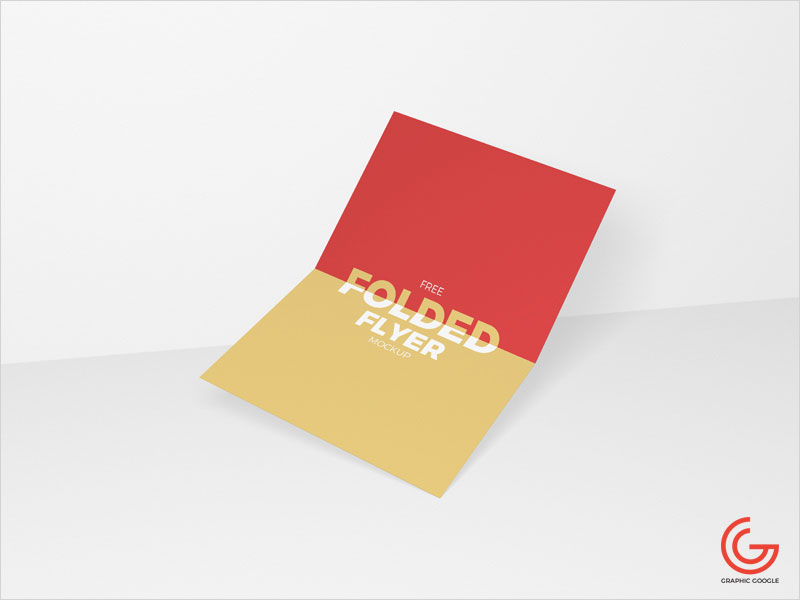 Free-Centre-Folded-Flyer-Mockup